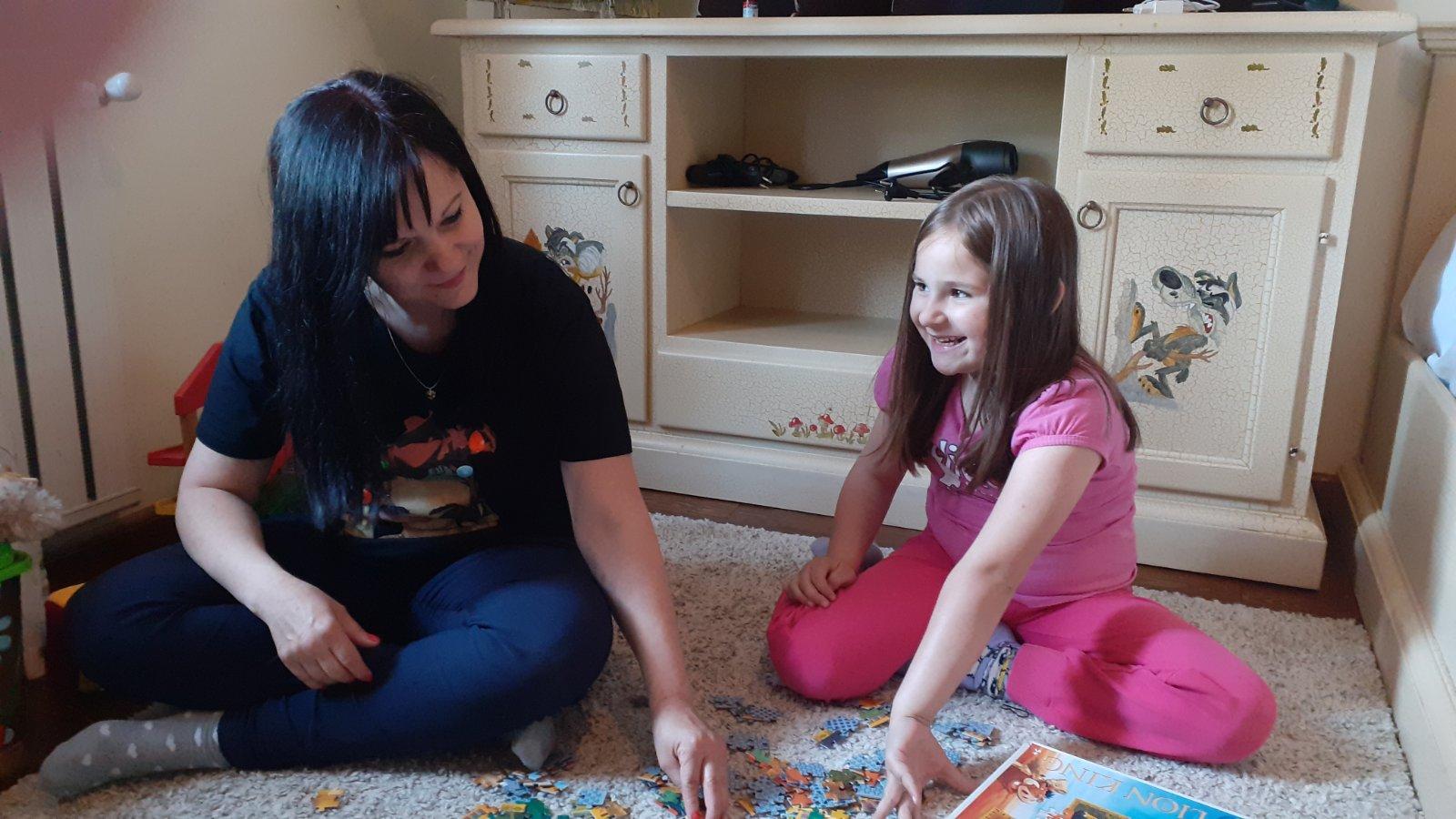 работа като детегледачка чрез агенция
